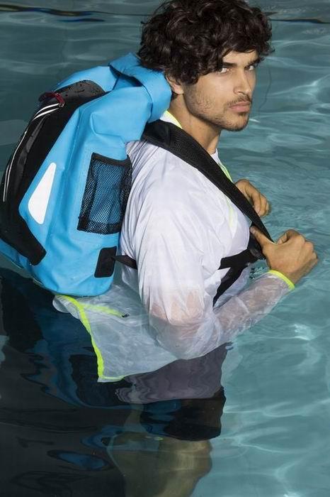 Vodìodolný batoh - zvìtšit obrázek