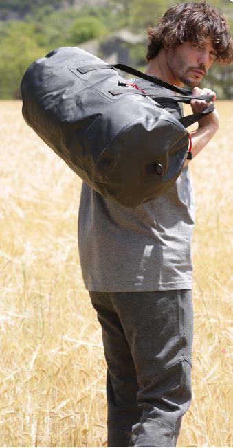 Vodotìsná sportovní taška - zvìtšit obrázek